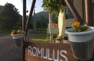 romulus-signboard